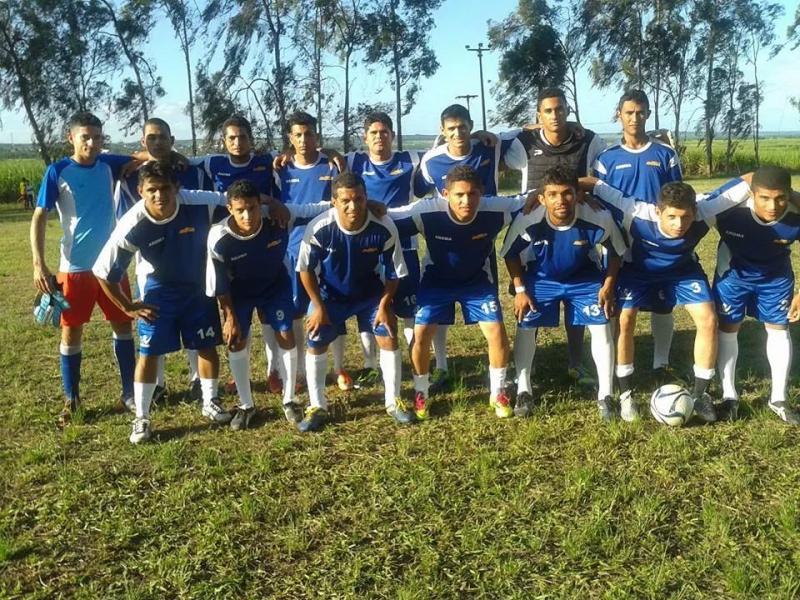 Time de futebol do Açúcar Alegre participa de campeonato em Mamanguape