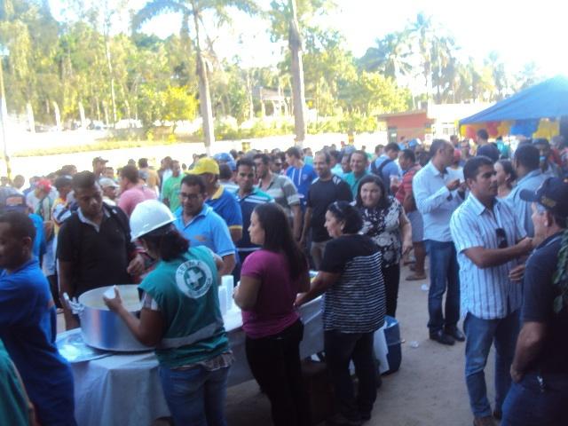 Confraternização marca o dia do trabalho no Açúcar Alegre