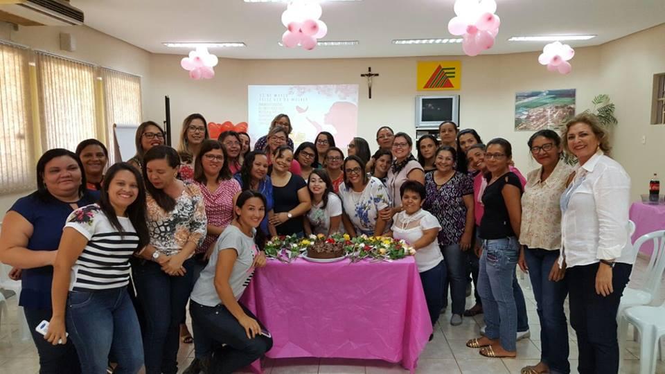Mulheres são homenageadas em seu dia no Açúcar Alegre