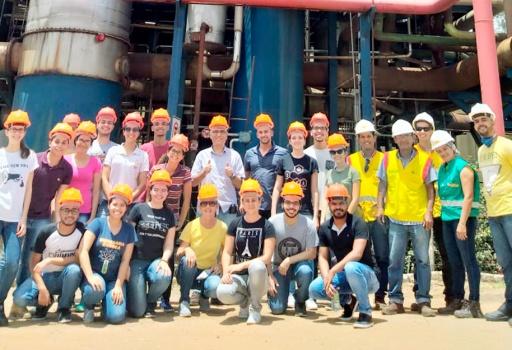 Alunos da UFPB e Escola Técnica visitam o Açúcar Alegre