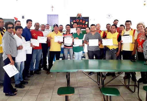 Entrega de certificados do Programa de Desenvolvimento de Líderes do Açúcar Alegre